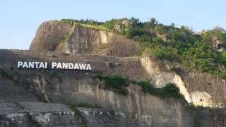 Pantai Pandawa, Tebing Indah di Bali Selatan